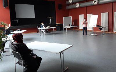Auf der anderen Seite der Frauenwerkstatt M17:  Wie es ist, statt Teilnehmerin einmal die Lehrerin zu sein
